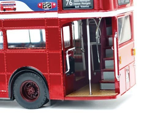Sun Star H2941 1/24 Scale  London Transport Arriva Routemaster 76 Tottenham